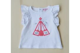 Camiseta blanca con tienda de indi