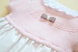 Vestido mini topitos